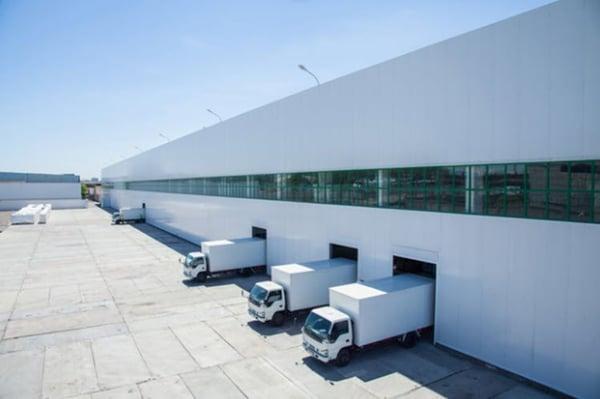warehouse_trucks_white
